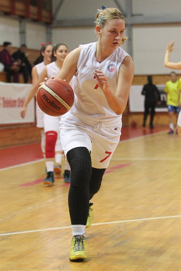 Nataša Kovačević ponovo zaigrala!