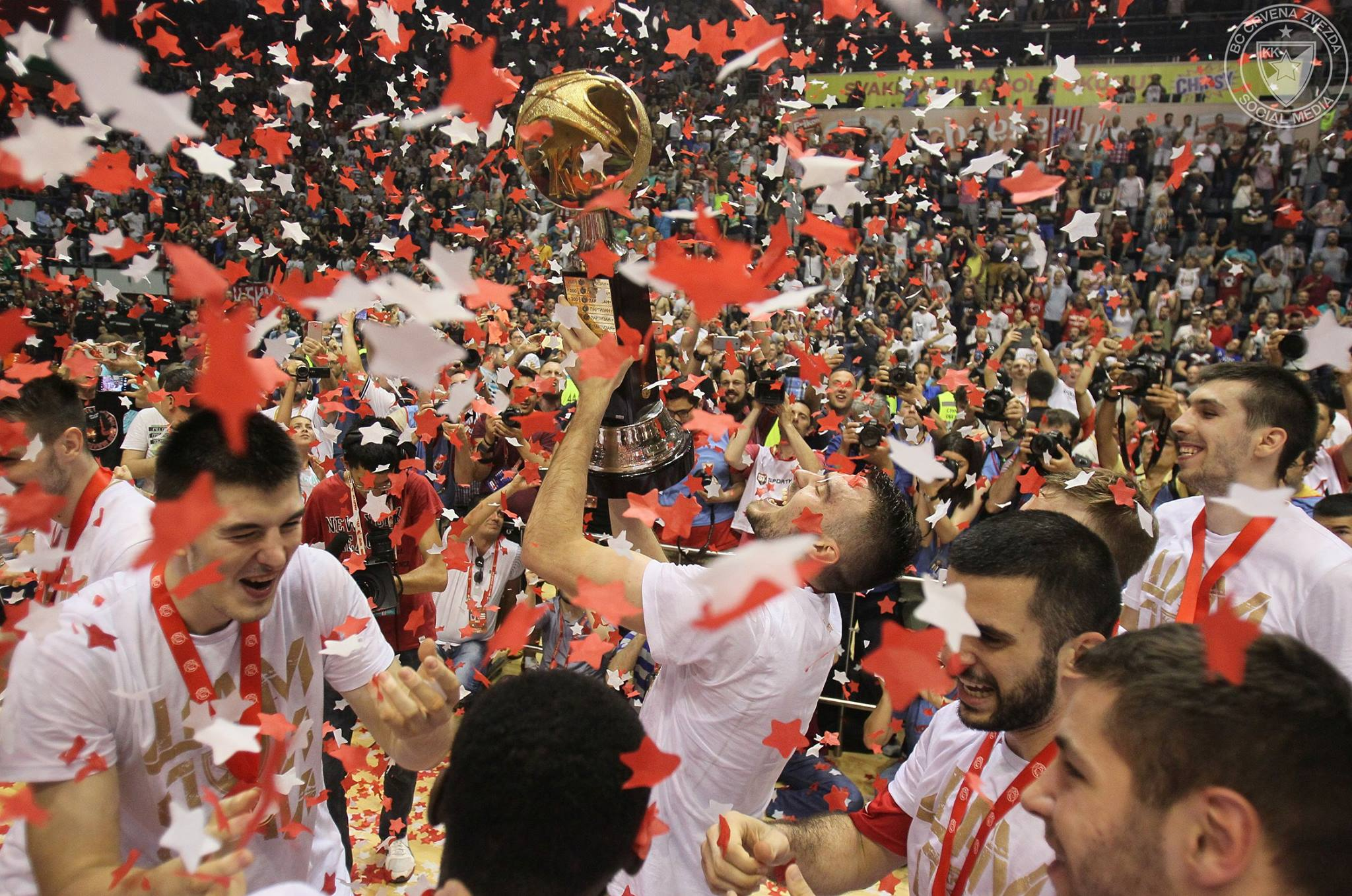 KLS: Crveno-beli proslavili titulu