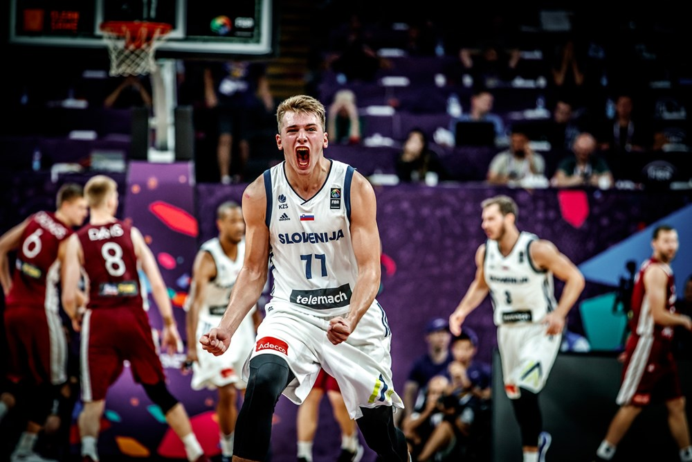 Dončić takes Slovenia to the Semis